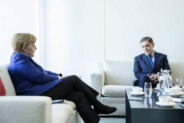 Romani Rose traf mit Bundeskanzlerin Angela Merkel zu einem Informationsaustausch zusammen