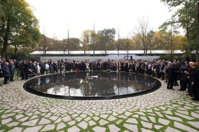 Denkmal für die im Nationalsozialismus ermordeten Sinti und Roma bleibt unangetastet