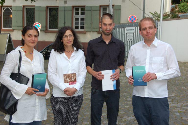 """Tagungsband """"Antiziganismus – Soziale und historische Dimensionen von """"Zigeuner"""" – Stereotypen"""" vorgestellt"""