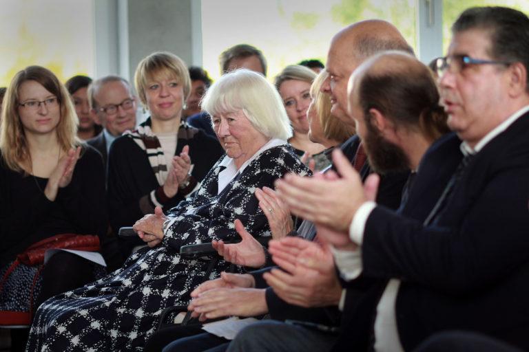 Das Dokumentations- und Kulturzentrum trauert um Eva Pankok (1925–2016)