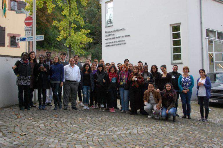 Workshop der StipendiatInnen der Friedrich-Ebert-Stiftung im Dokumentations- und Kulturzentrums Deutscher Sinti und Roma