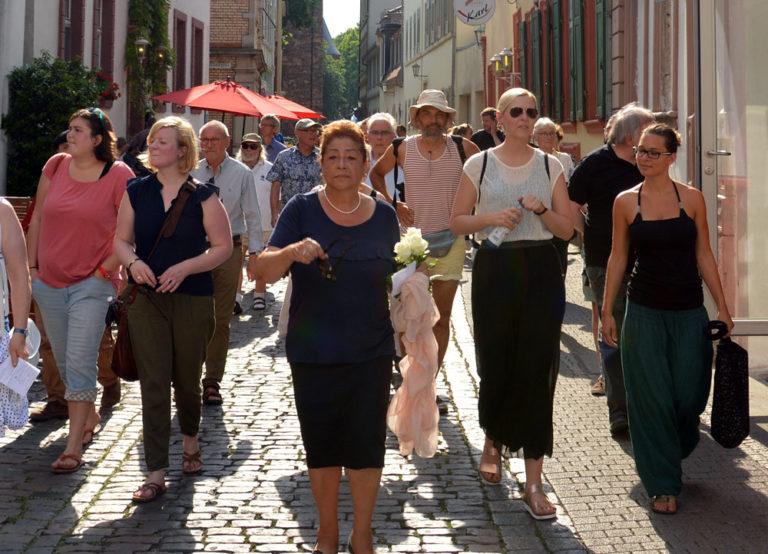 Stadtrundgang zur Geschichte der Heidelberger Sinti mit Ilona Lagrene