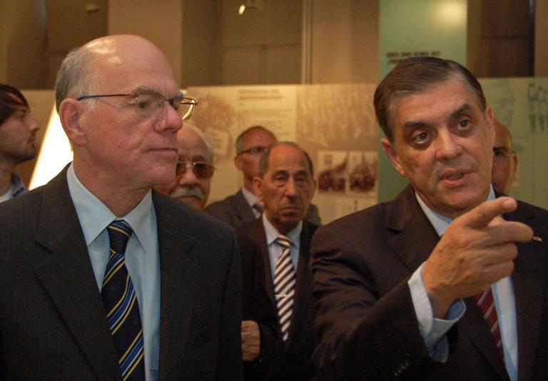 Bundestagspräsident Norbert Lammert zu Besuch im Dokumentationszentrum